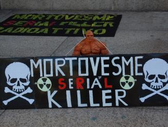 sit-in di protesta contro i morti di Portovesme